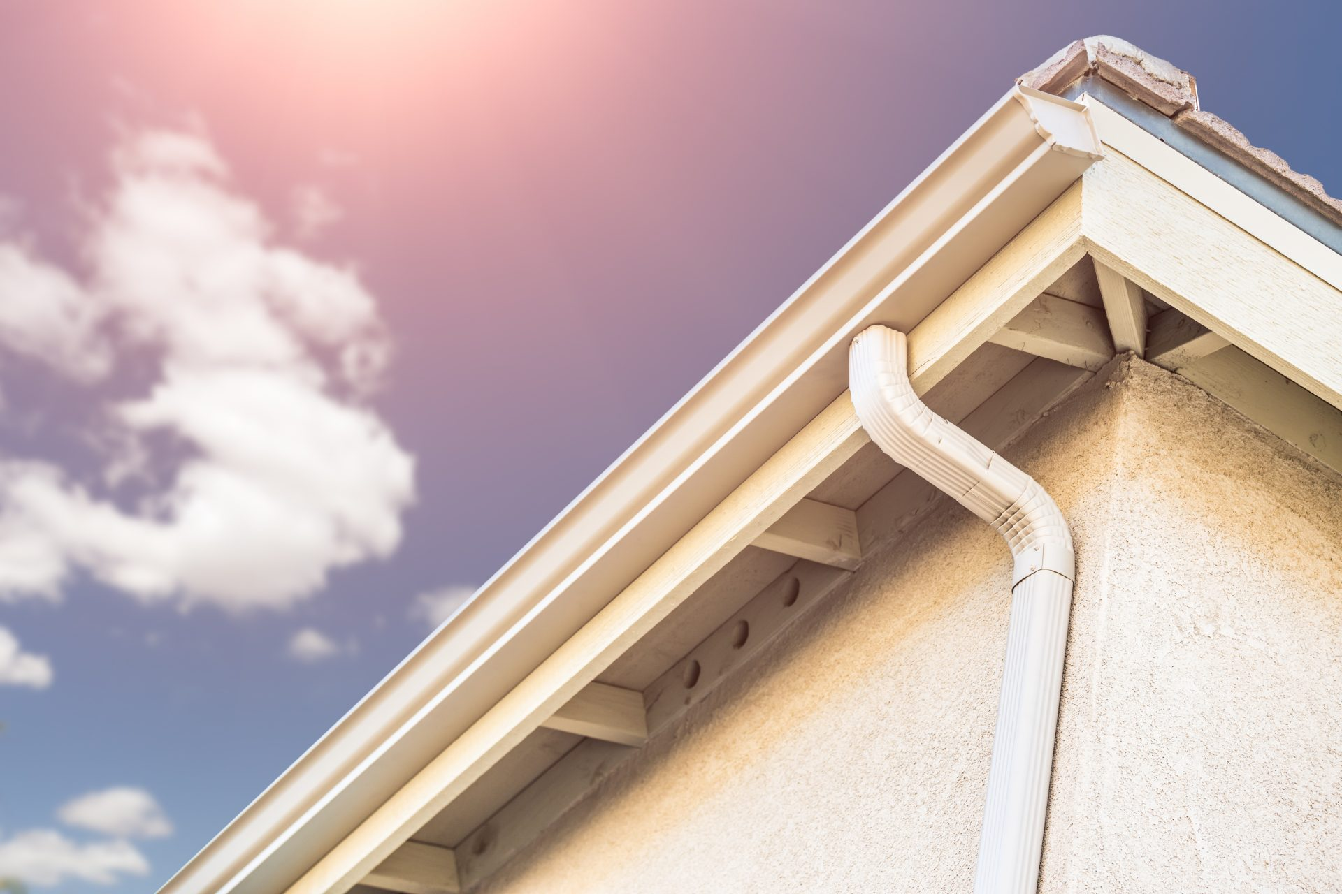 10 Gutter and Downspout Runoff Drainage Tips